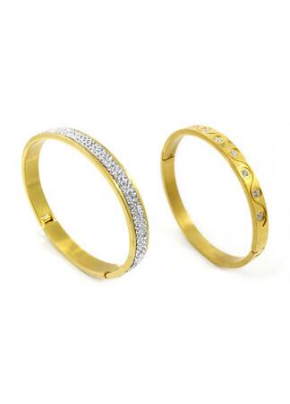 Test Brand 5 Golden Static Bracelet Set
